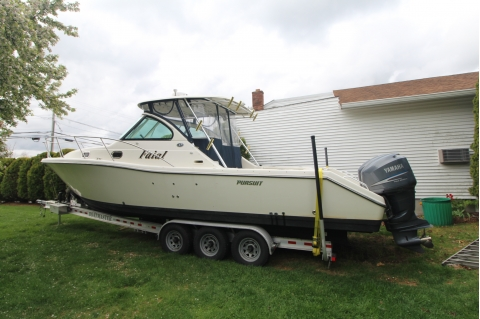 2006 Pursuit 3370
